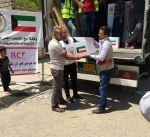 """""""الهلال الأحمر"""" توزع 45 طنا من المواد الغذائية داخل الموصل"""