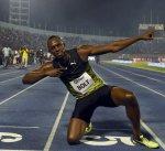 رغم التوتر بولت يفوز بسباق 100 متر الأخير في جاميكا