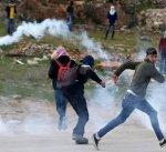 إصابة 8 فلسطينيين خلال مواجهات مع قوات الاحتلال بالضفة الغربية