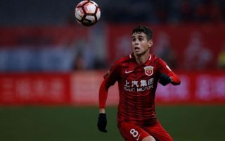 الاتحاد الصيني يوقف أوسكار 8 مباريات لتسببه بعراك