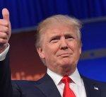 ترامب يبقي على الاتفاق النووي مع إيران
