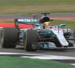 هاميلتون يتصدر التجربة الثالثة في سباق بريطانيا لسيارات فورمولا 1