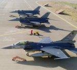 الجيش التركي يبدأ مناورات عسكرية في منطقة متاخمة للحدود العراقية