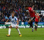 مانشستر يونايتد يتلقى الخسارة الأولى له في الدوري الإنجليزي أمام الصاعد هيديرسفيلد