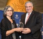 معهد الشرق الأوسط بواشنطن يمنح الشيخة حصة الصباح جائزة عصام فارس للتميز