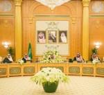 خادم الحرمين يطلع مجلس الوزراء على الرسالة التي تسلمها من سمو الأمير
