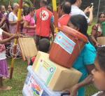 """""""الهلال الأحمر"""" يوزع مساعدات اغاثية على النازحين في سريلانكا"""