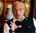 أحمد شفيق يعتذر لعدد من مؤيديه بعد اعتقالهم