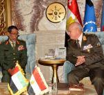 رئيس الأركان المصري ونظيره الاماراتي يبحثان المستجدات على الساحة الاقليمية