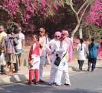 الهند تحتفل بمهرجان الألوان وسط أجواء حماسية تقليدية