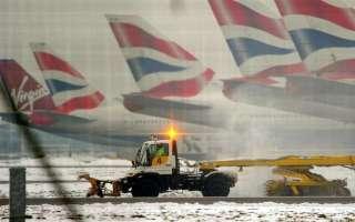 موجة صقيع تشل الحركة في مطارات لندن