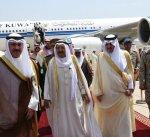 سمو الأمير يصل إلى السعودية لترؤس وفد الكويت بالقمة العربية الـ29