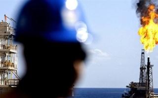 النفط يرتفع مع تراجع شبح حرب تجارية بين الصين وأمريكا