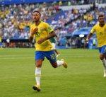 نيمار يقود البرازيل لربع نهائي المونديال بثنائية في شباك المكسيك