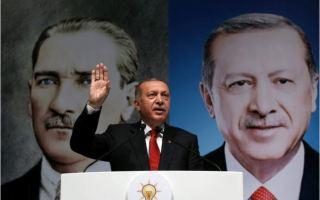 أردوغان: واشنطن هددت بفرض عقوبات على تركيا إذا رفضت إطلاق سراح القس الأمريكي