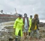 سلطنة عمان: إنقاذ 8 أشخاص على متن سفينة علقت وسط الصخور