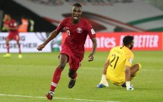منتخب قطر يفوز على نظيره السعودي بهدفين في كأس آسيا