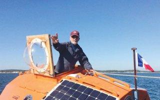 عجوز فرنسي يعبر المحيط الأطلنطي في برميل.. رحلة كلفتها 60 ألف يورو