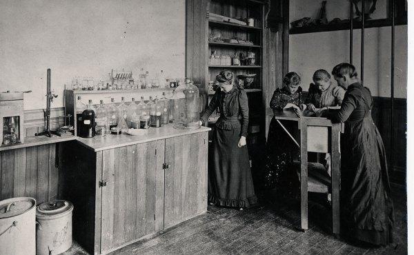 Williston Hall, 1890