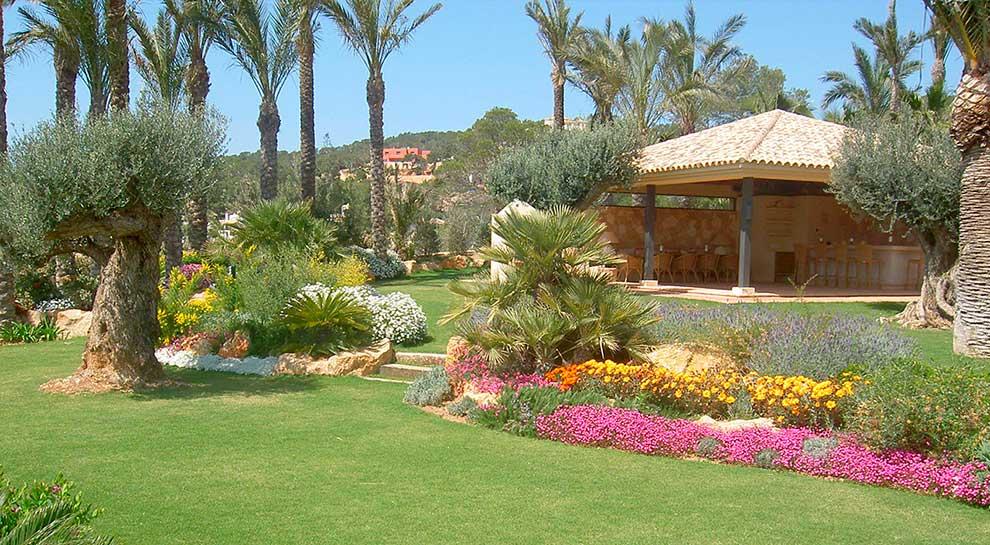 El jardín mediterráneo, abundancia botánica sin apenas agua.