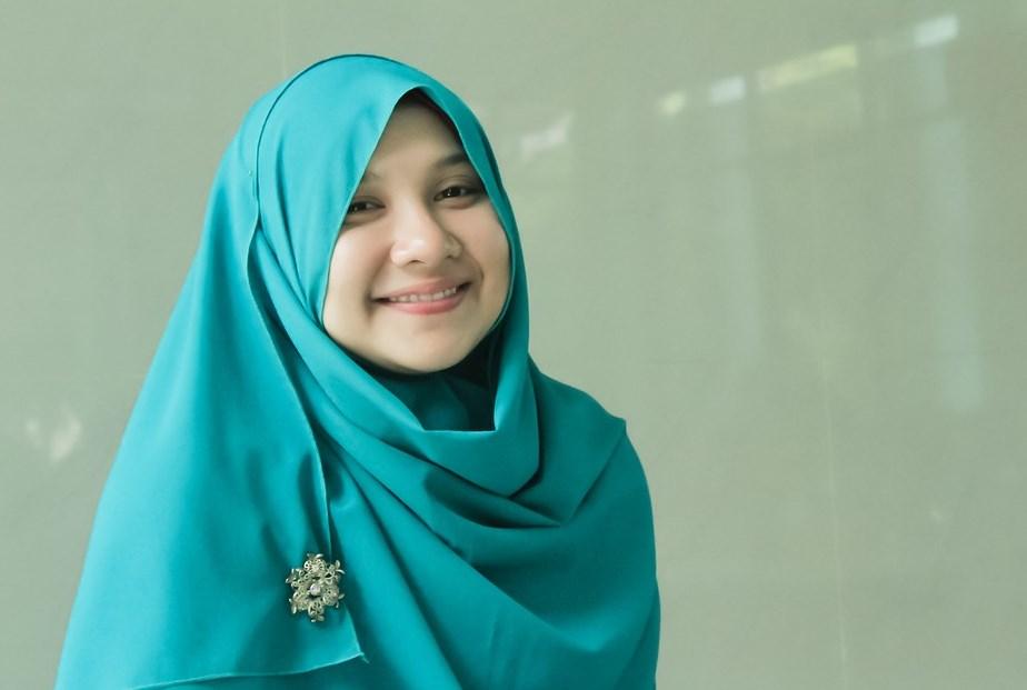 Memilih Model Jilbab Wajah Bulat