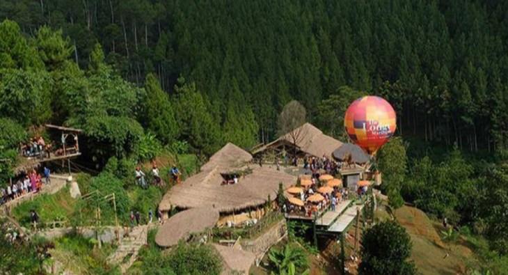 Keindahan Alam Tempat Wisata The Lodge Maribaya Lembang Bandung