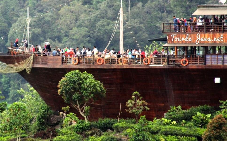 Rekomendasi 10 Tempat Wisata Di Bandung Terpopuler