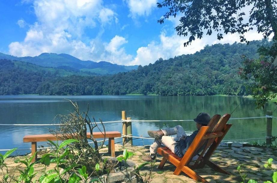 Tempat Wisata Di Bandung Situ Patenggang