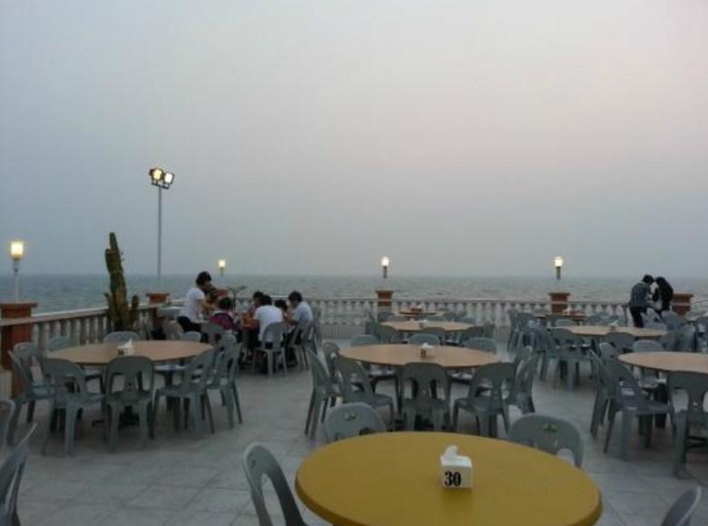 Restoran dengan Makanan Khas Melayu di Tanjung Pinang