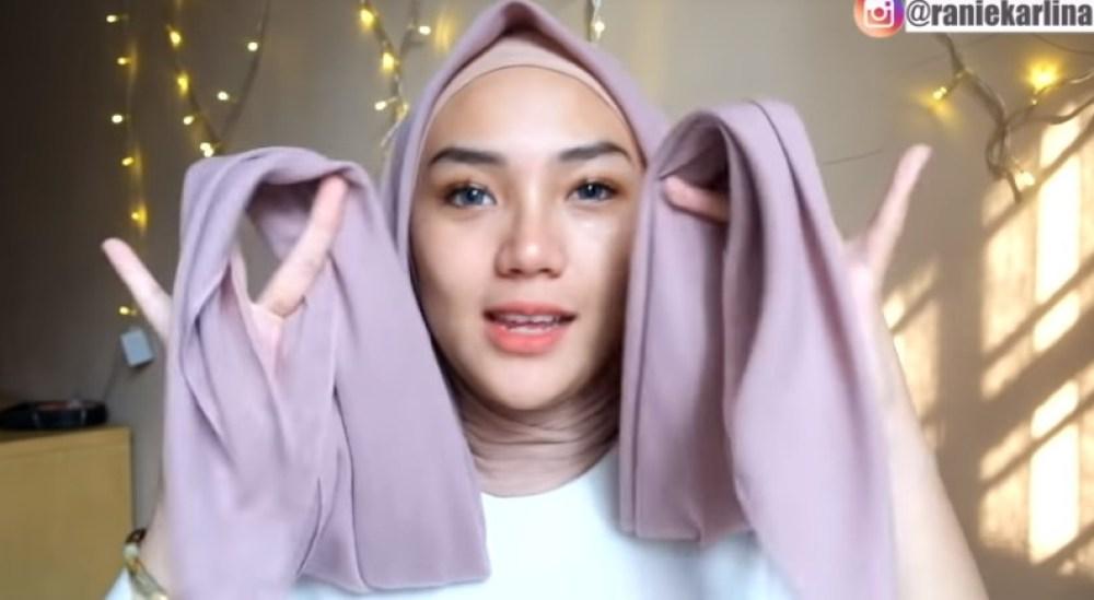 Cara Memakai Jilbab Segi Empat Kreasi Sederhana, Modern dan Kekinian, Gunakan Inner Hijab dan Pastikan Kedua Sisi HIjab Sama Panjang