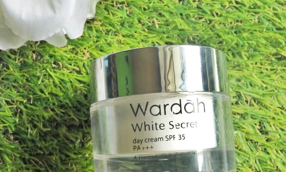 Review Wardah White Secret Day Cream