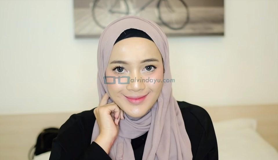 Tutorial Hijab Pashmina Simple dan Mudah SELESAI