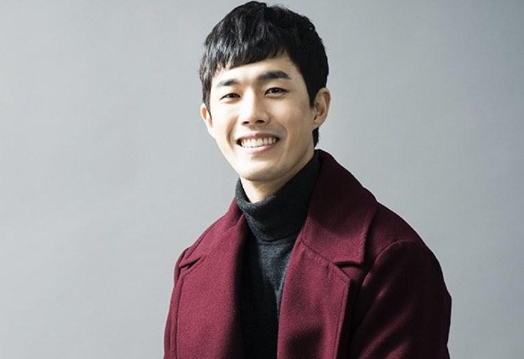 Kim Ho Chang sebagai Jung Yoon Ki