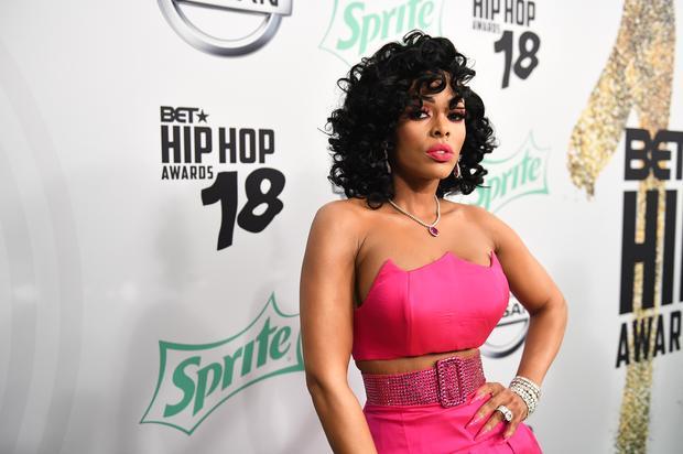 Gucci Mane's Wife Keyshia Ka'oir Douses Her Naked Body In