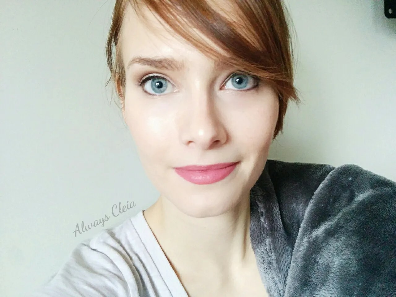 Maybelline Fit Me Hydrate + Smooth Foundation Makeup Look