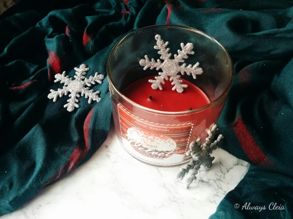 B&BW Red Velvet Cupcake Candle