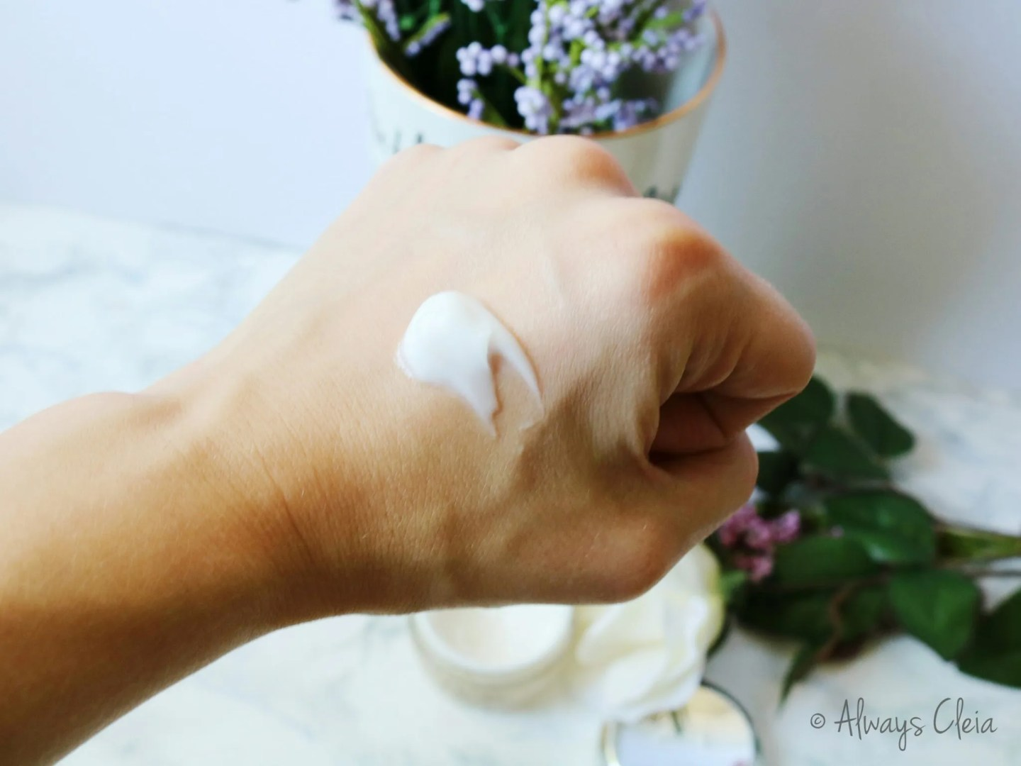 Olay Total Effects Whip Moisturizer - Formula