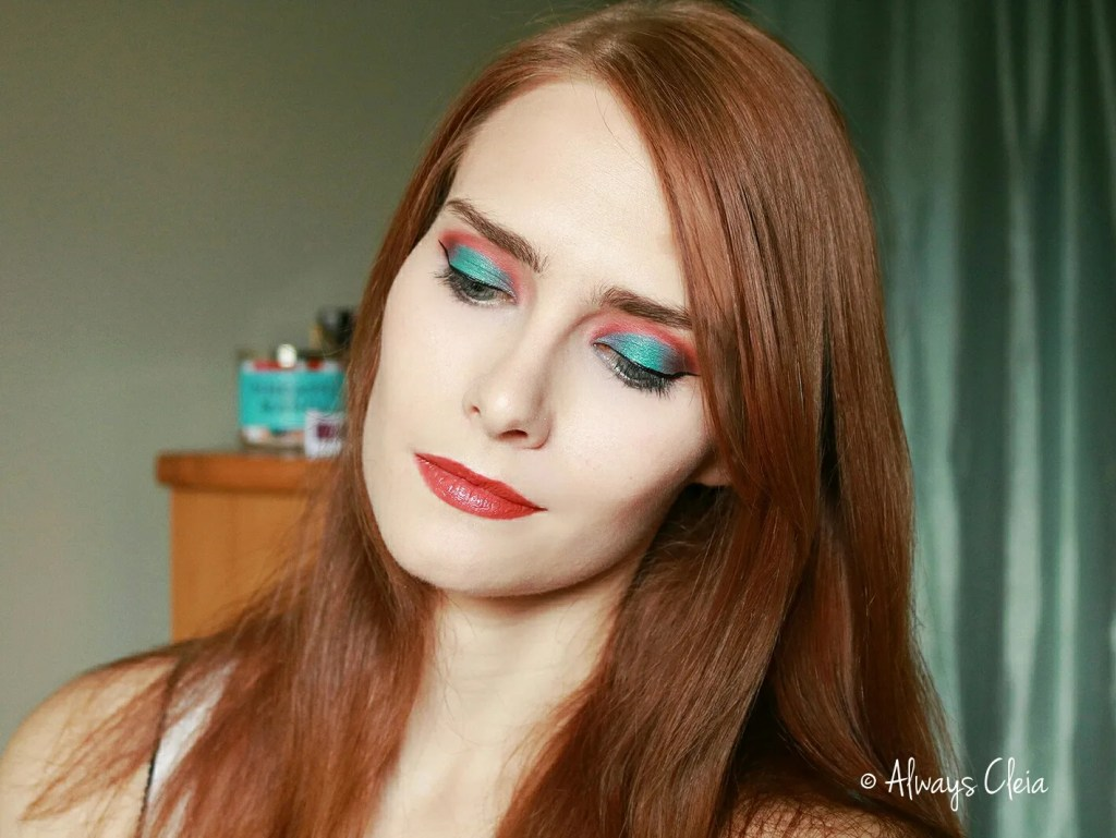 Coral & Teal Makeup look with the MAR & SOL Palettes