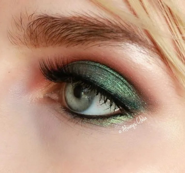 Mermaid Green Makeup Look