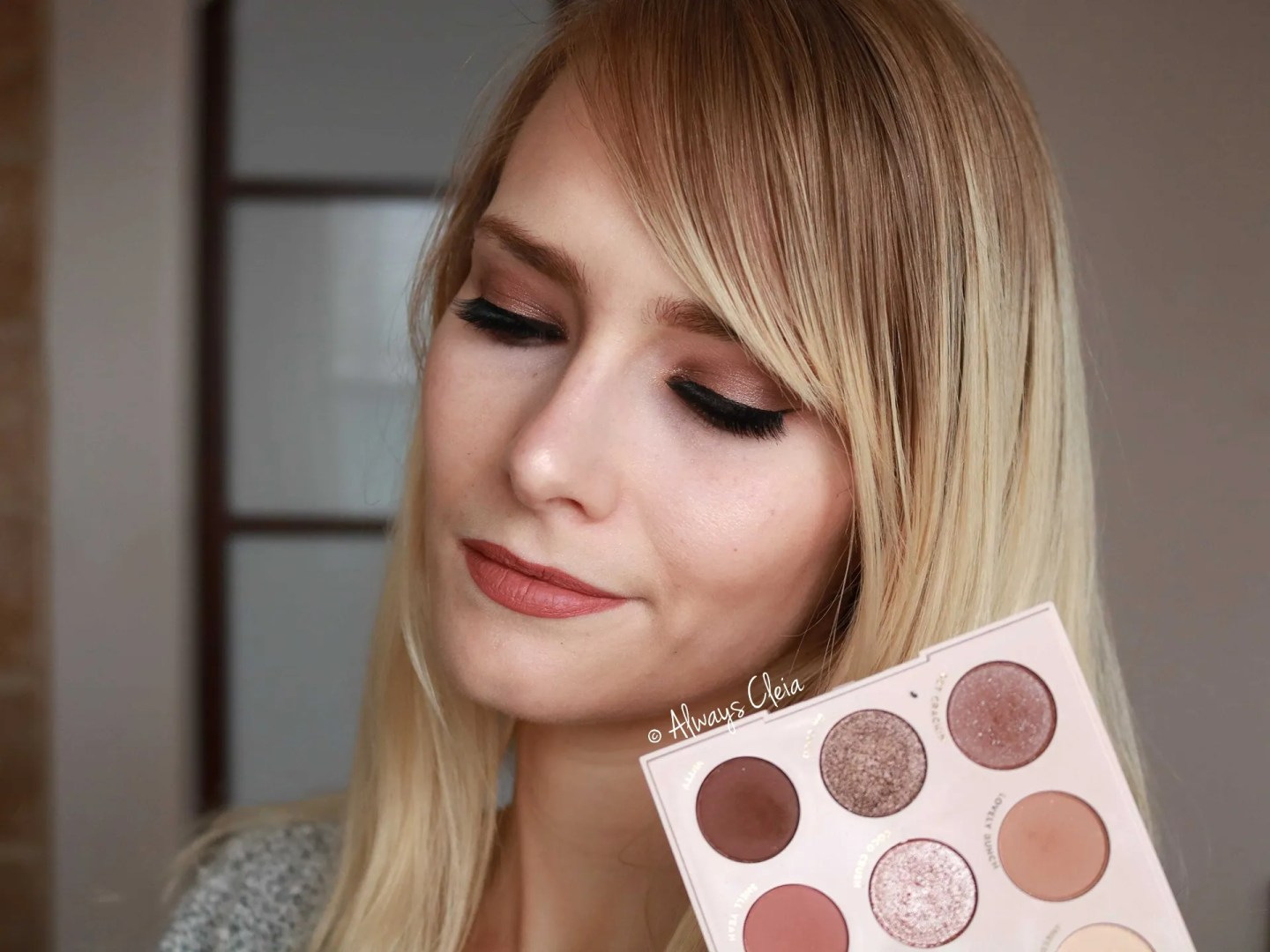 Neutral Glam Eye shadow