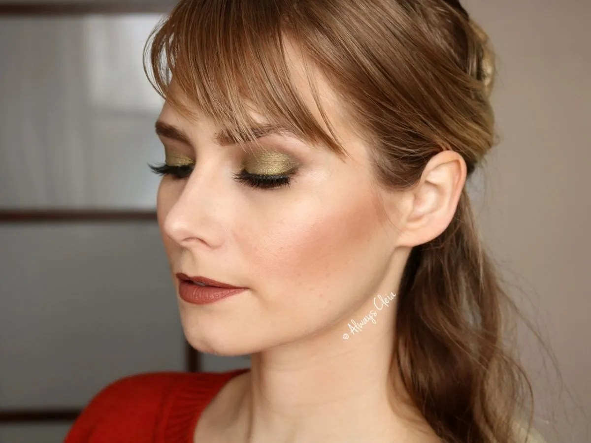 Green Glam makeup - dewy skin
