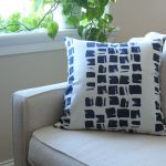 Quick & Easy DIY Throw Pillows | alwayseatdessert.com