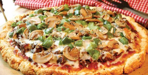 Homemade healthy pizza