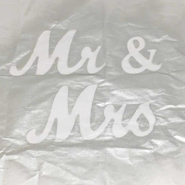 Mr and Mrs Signs 05