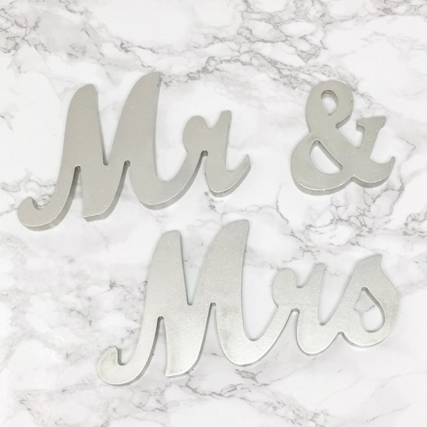 Mr and Mrs Signs Final