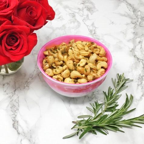 Rosemary Roasted Cashews 02