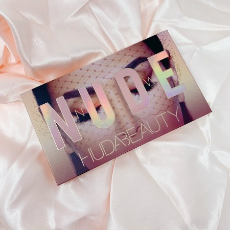 Huda Beauty New Nude Palette Review