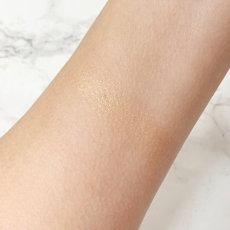 Lauren Conrad Beauty The Liquid Highlighter Swatches and review