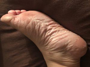 Summer Ready Feet -- it's time for flip flops, sun and sand! | www.alwaysmovingmommy.com