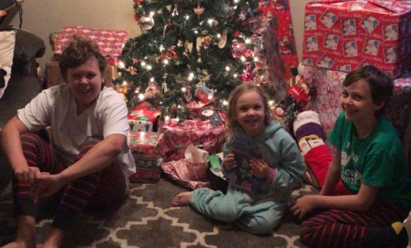 How to Start Saving Now for Christmas